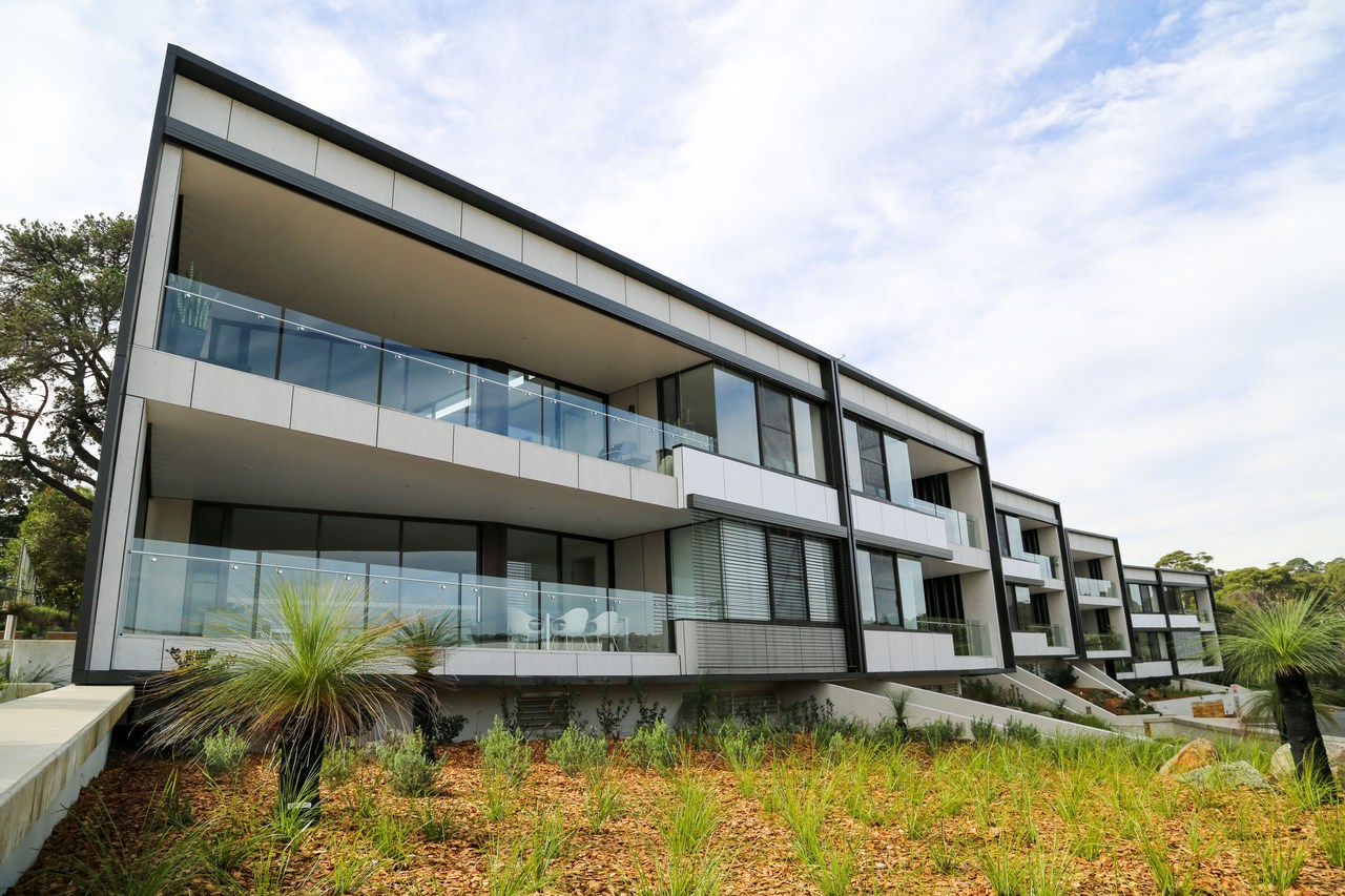SX PROJECTS – SPRING COVE ESTATE