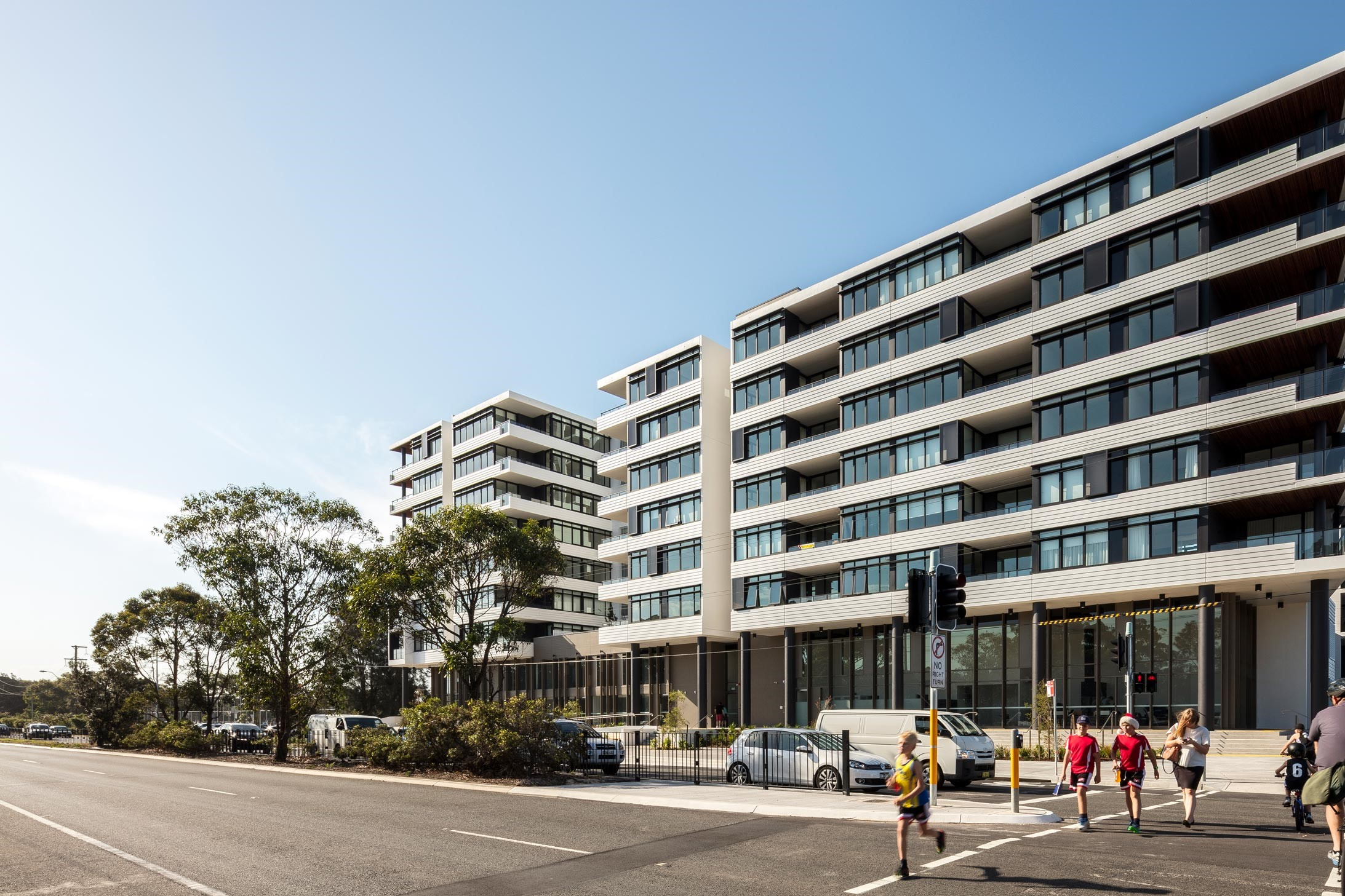 PARKVIEW CONSTRUCTIONS – WOOLOOWARE BAY TOWN CENTRE
